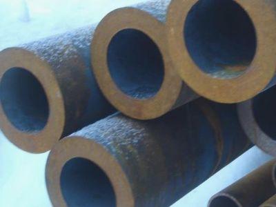 Труба бесшовная 121х30 мм ГОСТ 8732-78 ст. 20