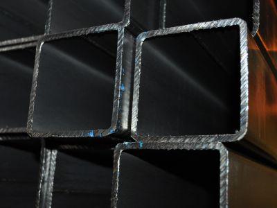 Труба квадратная профильная 100х100х7 мм