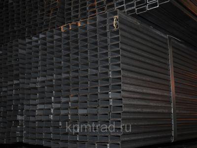 Труба прямоугольная профильная 28х25х2 мм