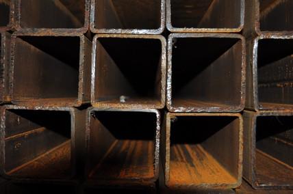 Труба квадратная профильная 100х100х6 мм